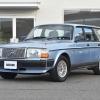 ボルボ240ワゴン、純正ライトブルーメタリックが入庫しました。
