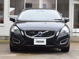 車の価格と、丁寧な整備、信頼できる保証が決め手です。